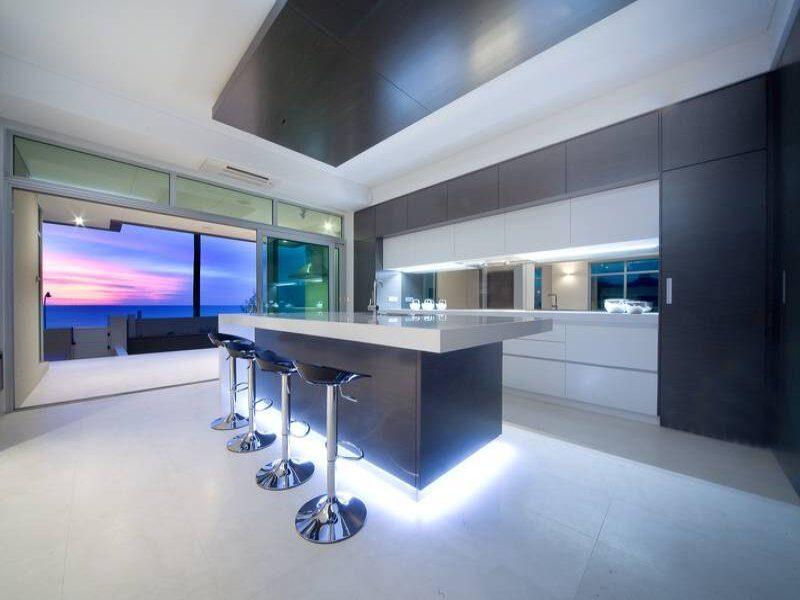Illuminare la cucina con le luci a led